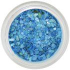 Cochilii zdrobite albastre închis, cu reflexii